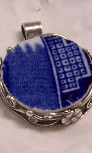 blue willow pendent