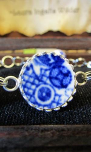 China Bracelet #041