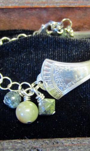 silverware bracelet green chain